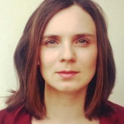 Dr Charlotte   Houldcroft