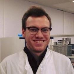 Dr Alex  Smith