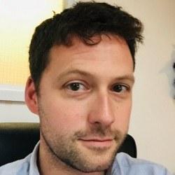 Dr Andrew  Blagborough