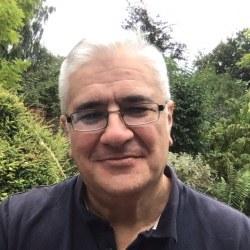 Dr. Javier  Castillo-Olivares