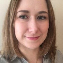 Dr Zoe  Dyson