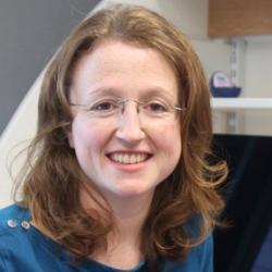 Dr Sarah  Caddy